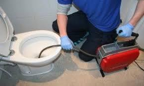 لوله بازکنی از توالت فرنگی